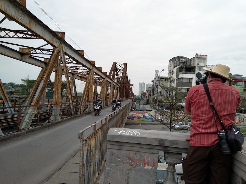scouting long bien bridge